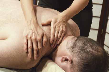Right Massage Therapist