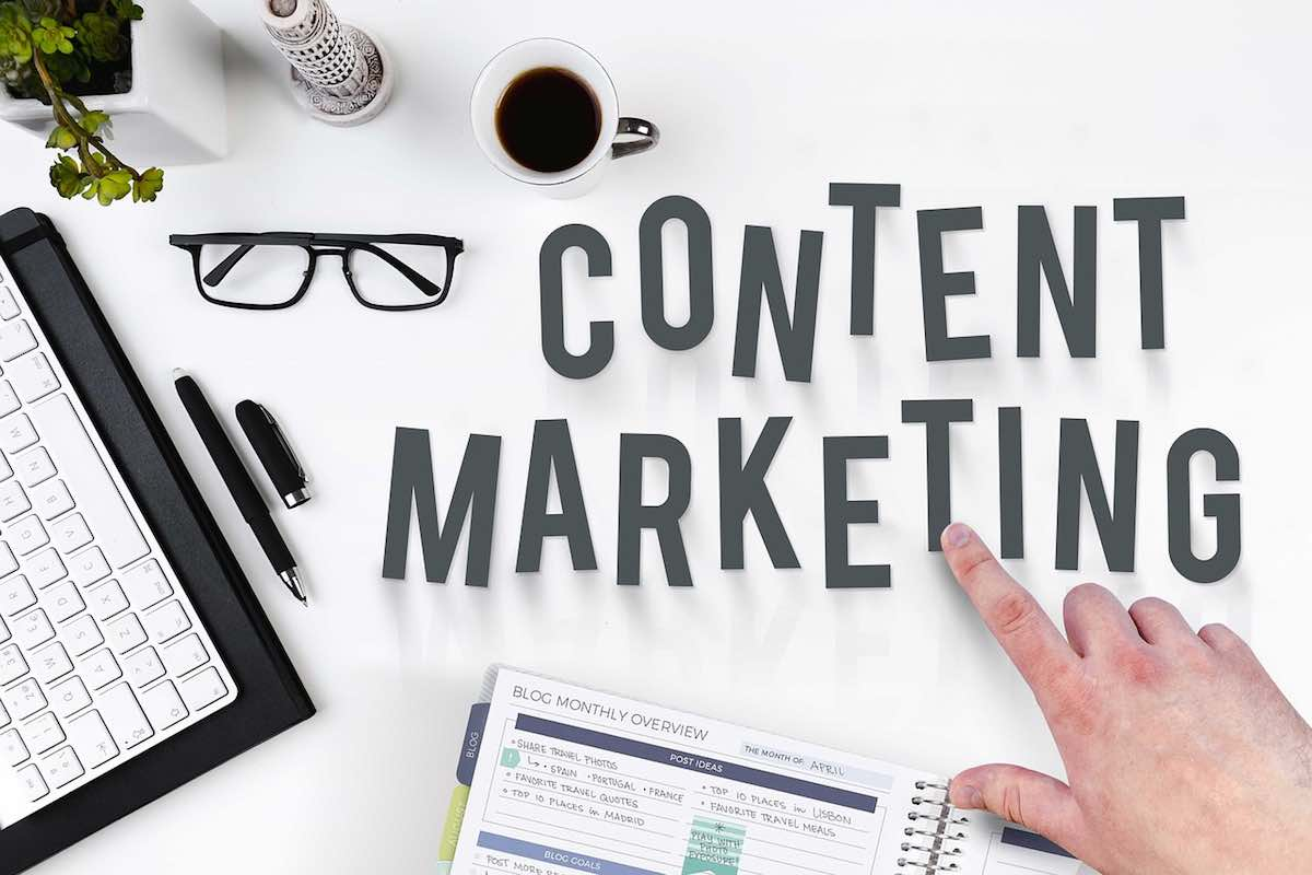 Image of content marketing to show planning to engage your clients with a blog posting schedule